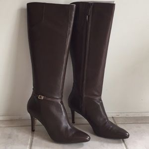 COLE HANN  brown leather boots